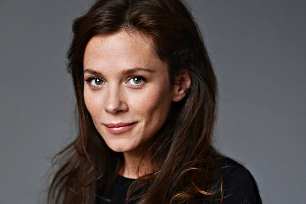 Anna Friel Biography, Age, Weight, Height, Friend, Like, Affairs, Favourite, Birthdate & Other