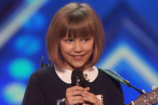 Grace VanderWaal Biography, Age, Weight, Height, Friend, Like, Affairs, Favourite, Birthdate & Other