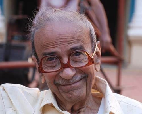 Taarak Mehta Biography, Age, Weight, Height, Friend, Like, Affairs, Favourite, Birthdate & Other